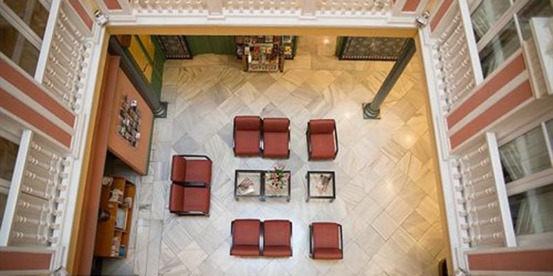 格拉纳达英拉特拉别墅酒店位置_英拉特拉酒店应该什么图片室内设计在大全