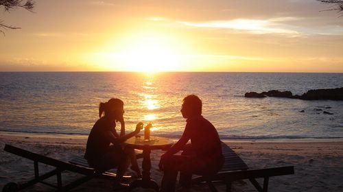 (参考时间)晚餐自理,感受浪漫海边的黄昏景色,观赏东南亚风情表演