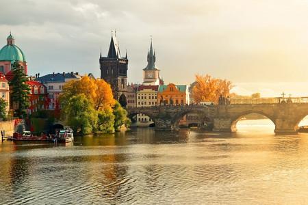 <德法意瑞-东西欧全景15天游>3至4,卢浮宫,蒙帕纳斯大厦,渔人堡,布拉格城堡,巴尔干初体验