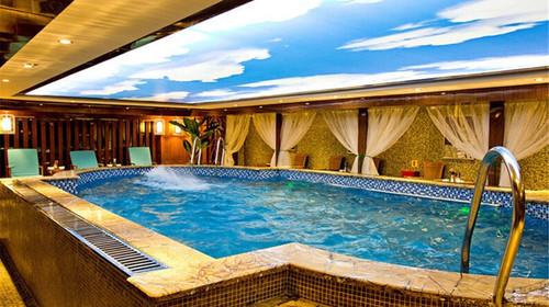 游泳池欧式别墅装修案例图片
