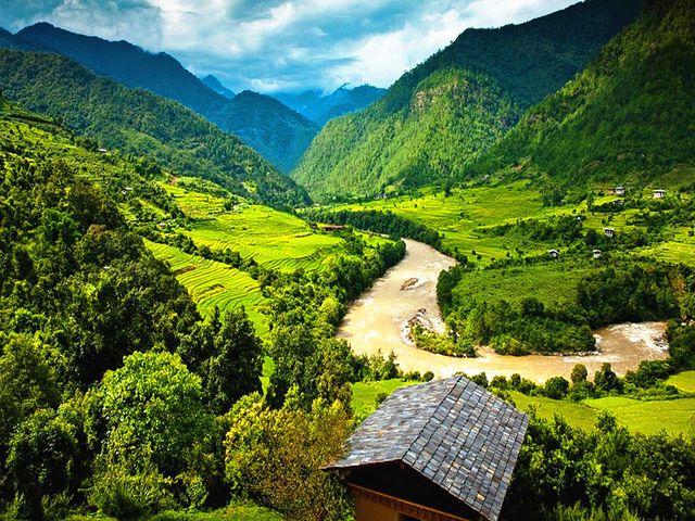 尼泊尔不丹机票 当地7晚8日游>2人成行 全国联运 两国联游 含乌玛