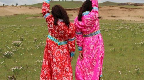 蒙古服装拍照