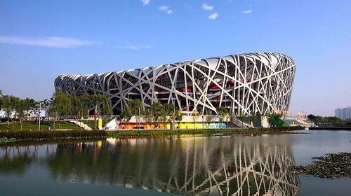 外观2008奥运会开闭幕式场馆【鸟巢】及国家游泳馆【水立方】(60分钟)