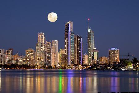 <悉尼+黄金海岸+凯恩斯11天10晚游>四星酒店/全程机票/蓝山/史蒂芬港/堪培拉/冲浪者天堂/主题公园/大堡礁/热带雨林