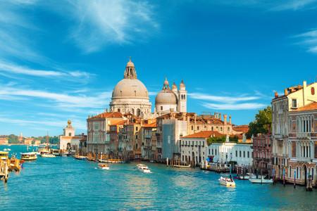 <欧洲-法国+意大利+瑞士11-13天游>杭州往返指纹,全含,瑞士雪山,双宫双游船,威尼斯,部分加游德国或荷兰,特色餐,WIFI
