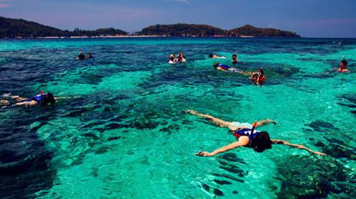 美人鱼岛浮潜