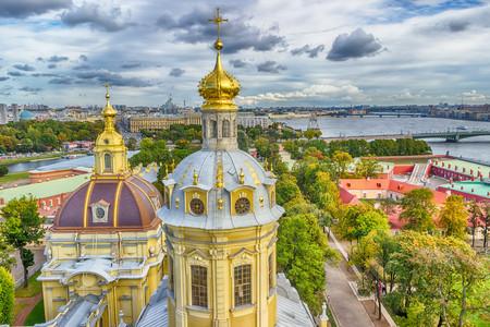 [端午]<俄罗斯-圣彼得堡+莫斯科8日游>南京直飞,重磅福利优惠,双点进出不走回头路、升级四星住宿、冬宫、夏宫花园、谢镇、红场、拉多加湖