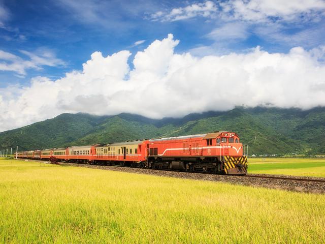特色旅行:乘着火车去旅行
