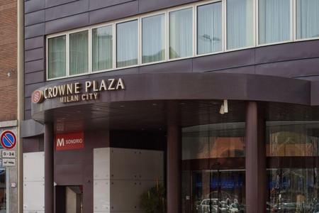 米兰城皇冠假日酒店