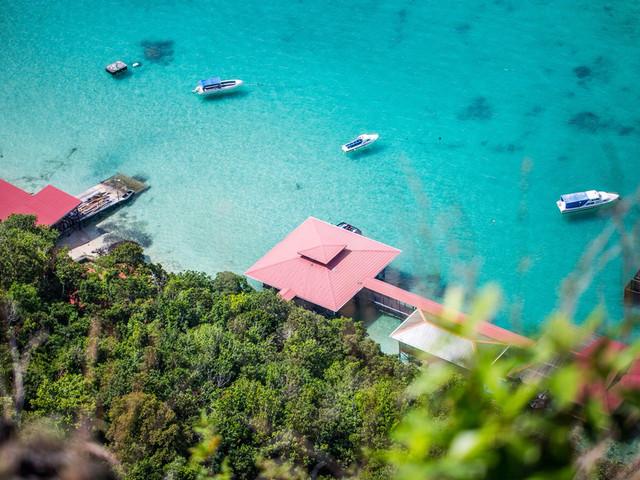 <马来西亚仙本那墩沙卡兰国家公园四岛浮潜一日>马来风味午餐+爬山+拜访巴瑶族+潜水+沙滩玩耍