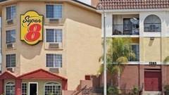 洛杉矶市中心速 8 酒店