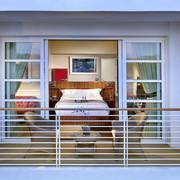 比佛利山庄 C 先生酒店图片