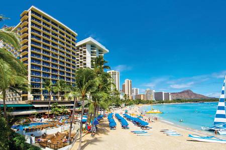 舷外海滩旅馆
