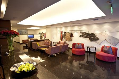 米拉弗洛雷斯拉科大地生活酒店