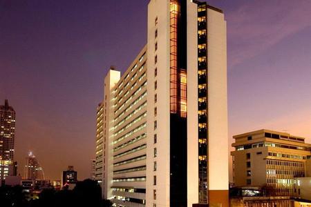 曼谷是隆富丽华酒店