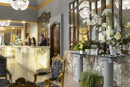 皮拉姆温馨酒店