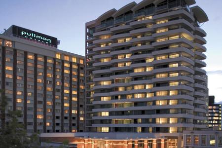 奥克兰铂尔曼酒店