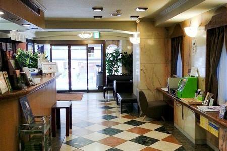 优诺第一城市酒店