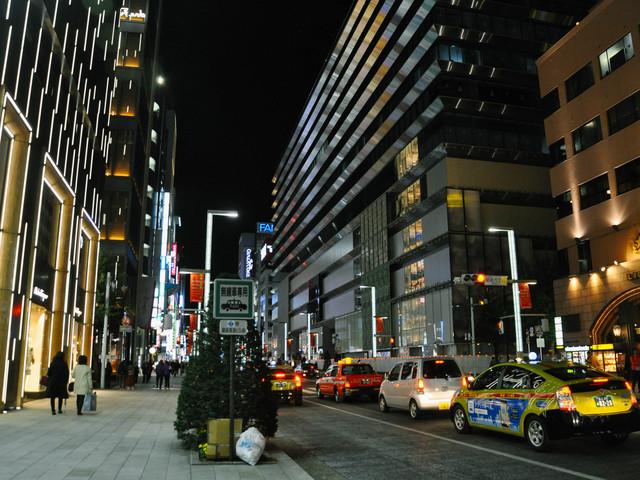 【東京接送機】羽田或成田機場到東京市區單程接機或送機  專車專享  5-14座任選