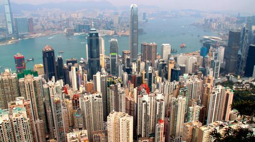 <香港2日游>2成人1张上网电话卡,广州上车,黄大仙祈福许愿,登太平山顶观海景,杜莎夫人蜡像馆,夜游维港,特别安排一日自由活动