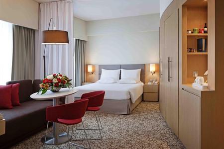 迪拜阿联酋购物广场诺富特套房酒店