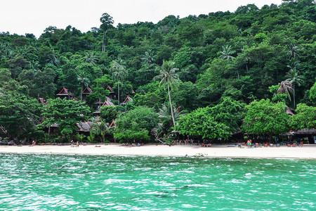 皮皮岛休闲海滩渡假村