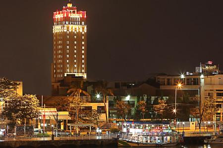 哥帕特温泉酒店