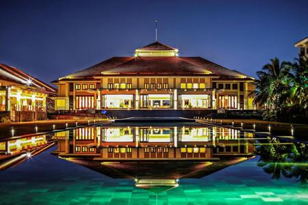 铂尔曼岘港海滩酒店