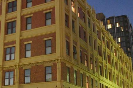 富兰克林中央公寓