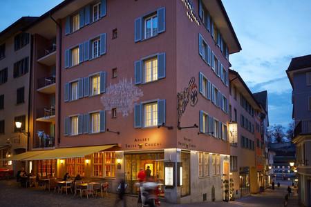 阿德勒酒店