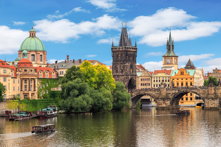 <东欧-奥匈捷斯+波兰或德国11-12日游>奥航或国航,AB线波兰,C线德国,哈尔施塔特,维也纳,CK小镇,布拉格,温泉小镇,C线全餐