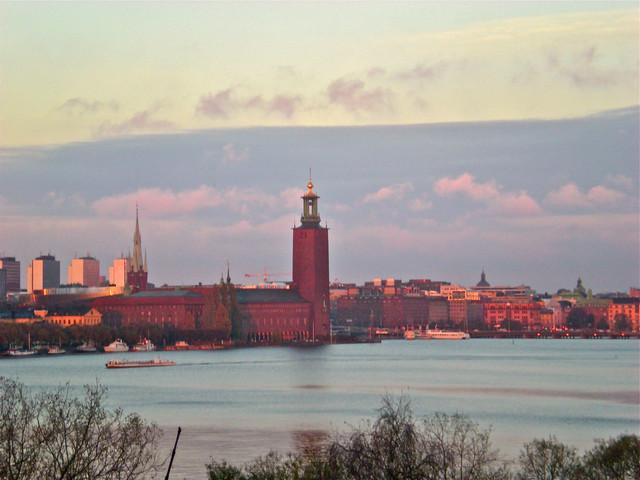 <丹麥+瑞典+芬蘭+挪威游輪5晚6日游>特別安排2晚游輪體驗、斯德哥爾摩老城、赫爾辛基、奧斯陸市政廳、暢游北歐四國(漢堡集散,當地游)