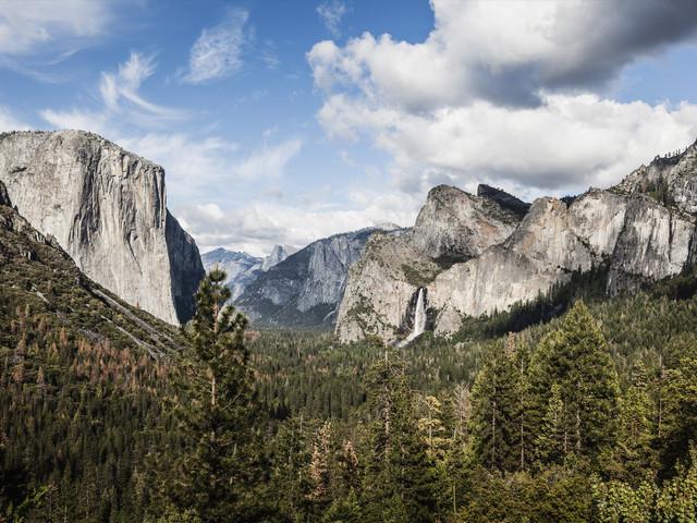 <洛杉矶-拉斯维加斯-大峡谷-旧金山7日游>洛杉矶接送机,美西三城畅玩,优胜美地,大峡谷/羚羊彩穴可选,单人可配房,拉斯大道酒店,洛杉矶夜游