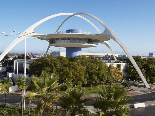 <美國西海岸-洛杉磯-拉斯維加斯當地7日游>自選2個洛杉磯主題,羚羊峽谷或大峽谷西峽谷或南峽谷自主選擇,洛杉磯接送機(當地參團)