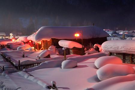 [圣诞]<哈尔滨+梦幻家园+雪乡双卧4日游>北京起止,0购物,不车销,住2人暖炕,品农家美食,赏梦幻雪景,可升级温泉酒店