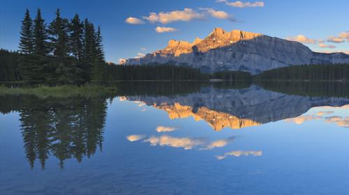 加拿大-落基山脉8-13日游
