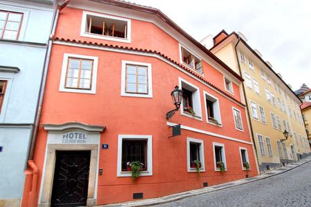 乌斯里尼昊酒店