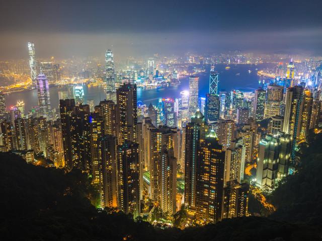 <香港1日游>私家团1单1团,纯玩0购物,打卡港片场景,探秘中环大馆,漫步石板街,夜游太平山,达人伴游,4人起订,行程可调整