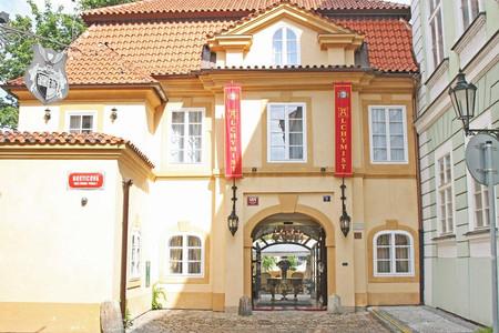 阿尔切米斯特诺斯提卡瓦宫酒店