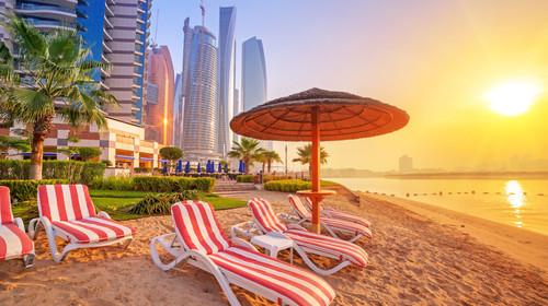 <迪拜-阿布扎比7日游游>阿布扎比法式宫殿风格皇家玫瑰酒店或其他,艾布姆旅游村,朱美拉露天集市,阿拉伯当地特色餐,阿联酋航空直飞迪拜