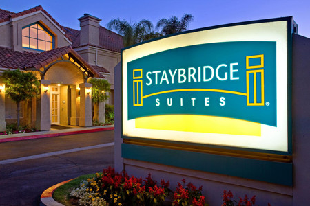 查茨沃斯驻桥套房酒店图片