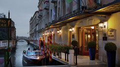 巴格里奥尼卢纳酒店