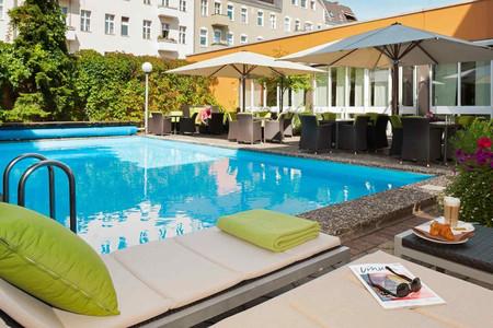 柏林市西美居酒店