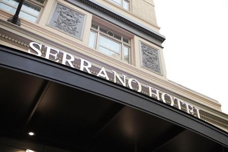 塞拉诺金普敦酒店