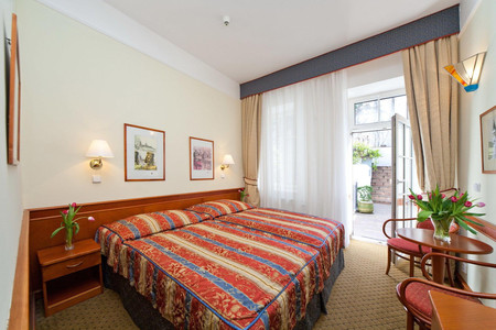 16 酒店