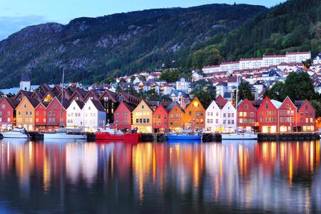 <纵横北欧双峡湾8日游>丹麦/挪威 两国深度游 松恩峡湾/哈当厄尔峡湾/埃德菲尤尔/奥斯陆/哥本哈根(哥本哈根/汉堡集散 当地参团游)