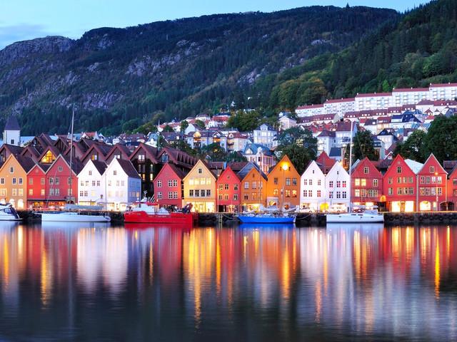 <丹麥+挪威--縱橫北歐雙峽灣8日游>(哥本哈根集散當地參團游)松恩峽灣哈當厄爾峽灣、埃德菲尤爾、奧斯陸、哥本哈根