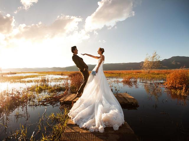 婚纱照怎么拍_婚纱照风格