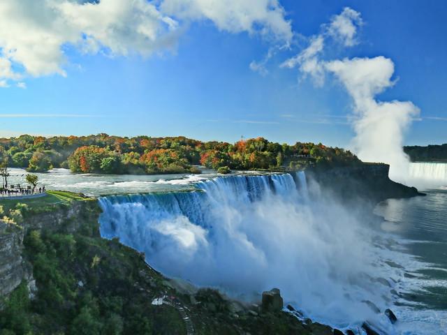 <加东五大名城-千岛湖-尼亚加拉瀑布5晚6日游>24小时多伦多接机,加东四大名城,尼亚加拉大瀑布,多伦多深度游/奥特莱斯购物(当地参团)