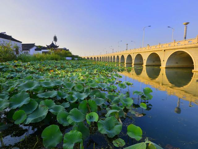 江苏经济总量最高的城市_江苏常熟的最高建筑(3)